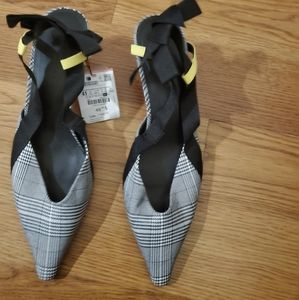 Zara Houndstooth Pointed toe kitten heel